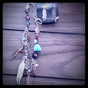 Feather necklace and earring set